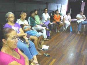 Líderes comunitários assistem a devolutiva do mapeamento