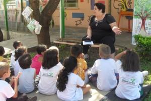 Alunos em atividade na escola. Foto: Portal Aprendiz