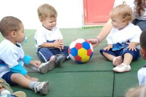 crianças brincando. crédito: divulgação