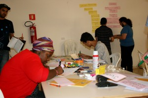 Coletivo Jovem/ Créditos? Programa Aprendiz