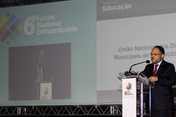 Ministro afirma ter prioridade na valorização docente. Foto: Divulgação