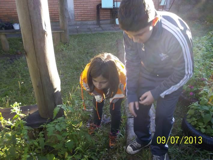 Crianças em atividade do LIAU da EMEF Décio Martins Costa. Foto: Reprodução