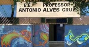 Escola Alves Cruz decidiu repensar seu funcionamento e implementar uma proposta de ensino de tempo integral