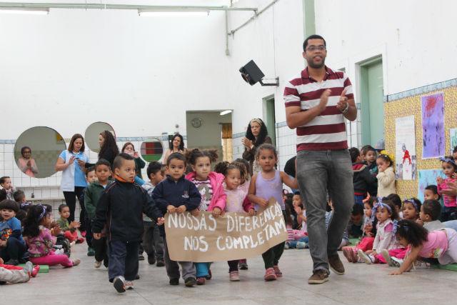 Diversidade é exaltada no projeto político pedagógico da escola.