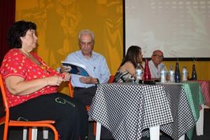 Lucinha Alvarez (UFMG), Miguel Arroyo (UFMG), Jaqueline Moll (UFRGS), Jaume Bonafe (Valencia) presentes na mesa de abertura. Foto: Ana Basílio