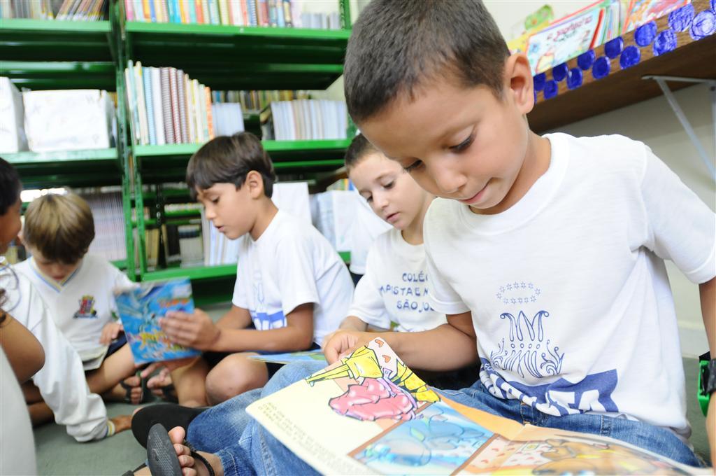 Biblioteca_Interativa (3)
