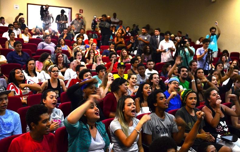 Estudantes acompanham audiência no dia 19/11. Crédito: Rovena Rosa/Agência Brasil