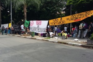 Estudantes ocuparam centenas de escolas ano passado contra proposta de reorganização escolar
