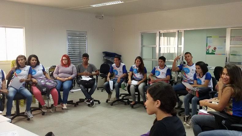 Escola de Maceió inicia experiência de Ensino Médio em tempo integral