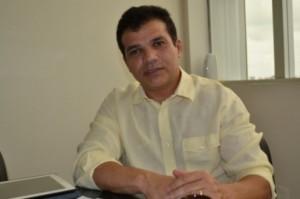 Ricardo Nezinho, do PMDB, é o autor do projeto de lei que pune professores que deram sua opinião na sala de aula. Crédito: site do deputado