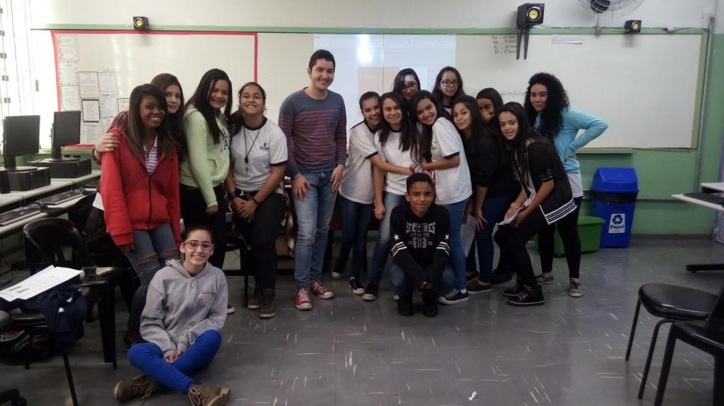 Movimento Feminista na Escola (Movifem) reúne 20 estudantes. Créditos: divulgação