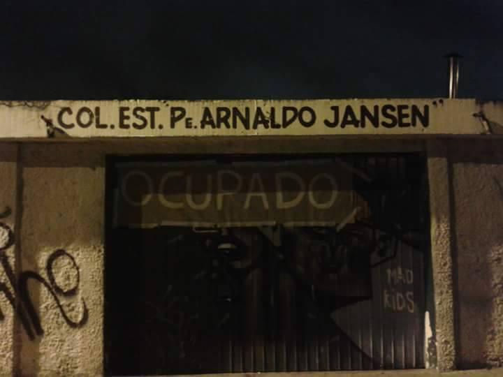 ocupacao_escolas_parana