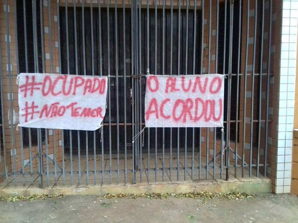Ocupação nas escolas do Paraná teve início no mês de outubro.