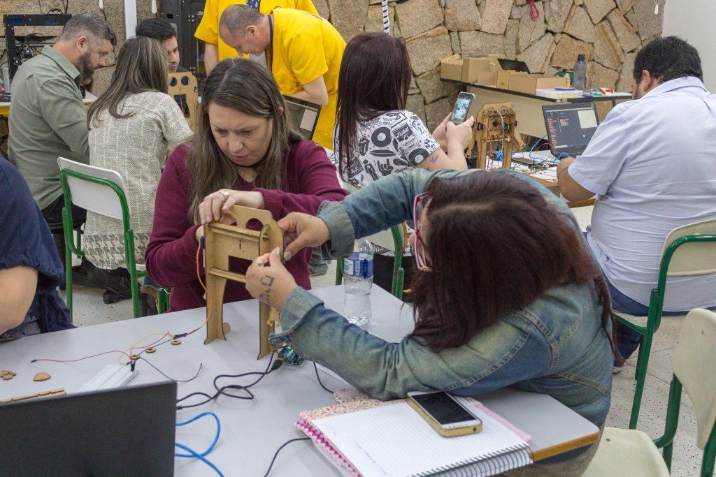 Professores também aprendem a desenvolver seus projetos