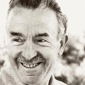 O pedagogo francês Célestin Freinet (1896-1966) foi um dos fundadores da Escola Moderna